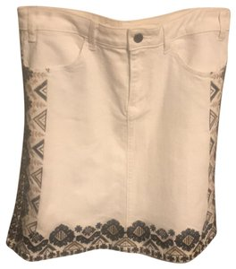 Anthropologie Mini Skirt Off white with black and tan detail