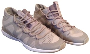 Stella McCartney Crazy Train Bounce Sneakers Size 8 Light Grey Athletic