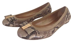 d68c189dccb3 Kate Spade Neutral Snake Print New York Tock Flats Size US 8 Regular ...