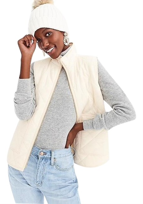 Item - Beige and Gold Quilted Puffer Vest Size 0 (XS)