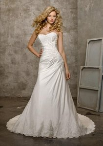 Mori Lee Ivory Luxe Taffeta and Lace 4202 Formal Wedding Dress Size 2 (XS)
