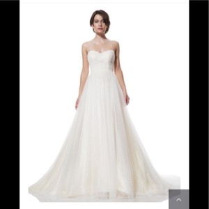 Olia Zavozina Lace and Tulle Formal Wedding Dress Size 10 (M)