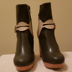 C Label Grey Boots