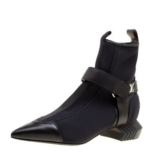 Louis Vuitton Leather Pointed Toe Black Boots