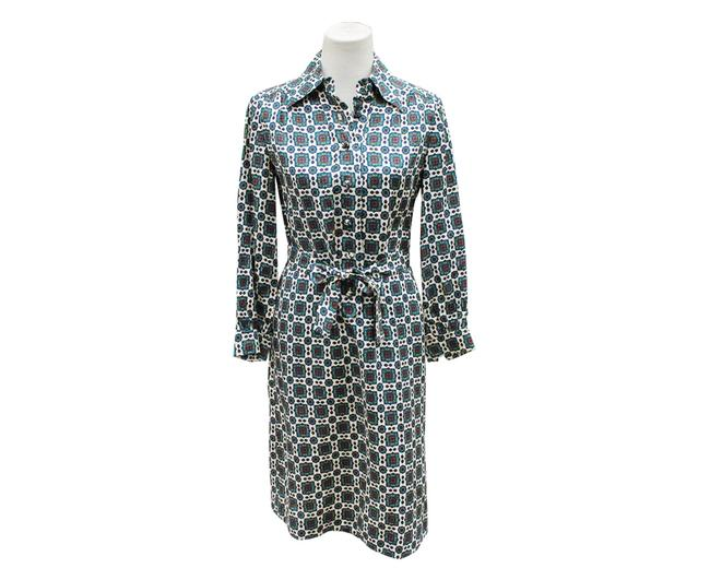 Preload https://img-static.tradesy.com/item/24589035/green-shirtdress-mid-length-workoffice-dress-size-6-s-0-0-650-650.jpg