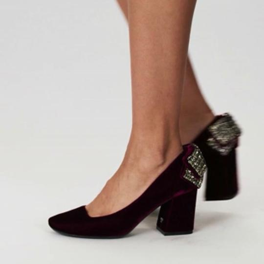 Tory Burch Black Pumps Image 4