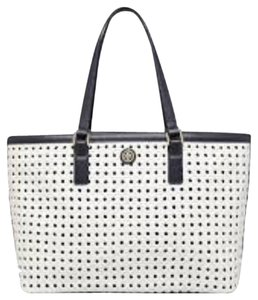 af7e355750bf White Tory Burch Bags - Up to 90% off at Tradesy