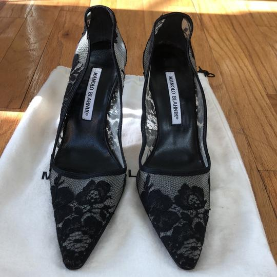 Manolo Blahnik Lace Pointed Toe Black Pumps Image 2