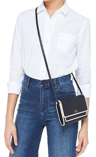Preload https://img-static.tradesy.com/item/24589589/kate-spade-clutch-wallet-purse-black-leather-cross-body-bag-0-1-540-540.jpg