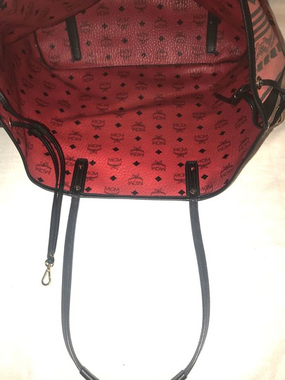 MCM 2016 Reversible Shopper Tote in Red Image 4
