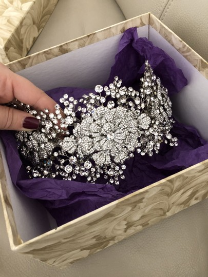Bridal Styles Boutique Glamourous Crystal Tri Floral Hair Accessory Image 2