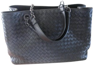 120d6e8487 Bottega Veneta Shoulder Bags - Up to 90% off at Tradesy