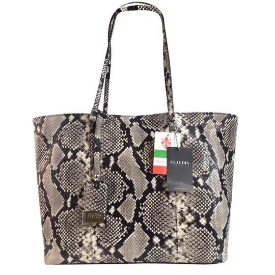 Preload https://img-static.tradesy.com/item/24590031/new-firenze-made-in-italy-luxury-croc-genuine-leather-tote-0-0-540-540.jpg