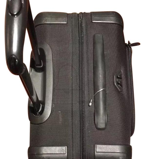Tumi Continental Expandable 4 Wheeled Carry-on 22061d2 Weekend/Travel Bag Tumi Continental Expandable 4 Wheeled Carry-on 22061d2 Weekend/Travel Bag Image 1