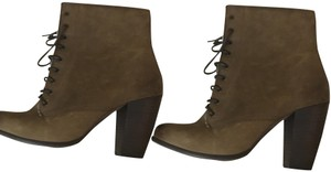 Boutique 9 Nine West Lace Up Chucky Heel Brown green taupe Boots