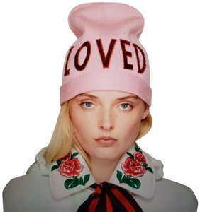 Gucci Gucci knit slouchy sequin LOVED logo beanie hat