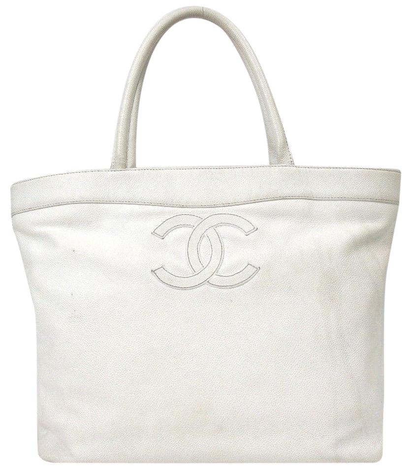 229adf75777b Chanel Chain Timeless White Caviar Skin Shoulder Bag - Tradesy
