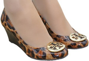 1e7ae4019 Tory Burch Tt Logo Medallions Pumps Sophie Animal Print Wedges