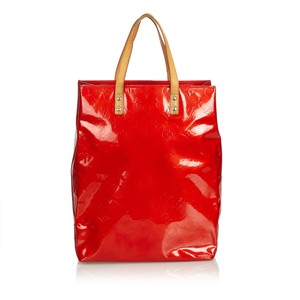 Louis Vuitton 8llvhb009 Tote in Red