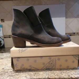 69a41358c386 Free People Brown An Never Worn Brooks Boots/Booties Size US 9.5 ...