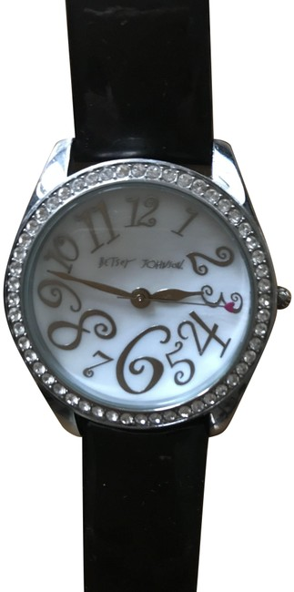 Item - White Dial/Black Band The Classic Women's with The Pearlized Watch