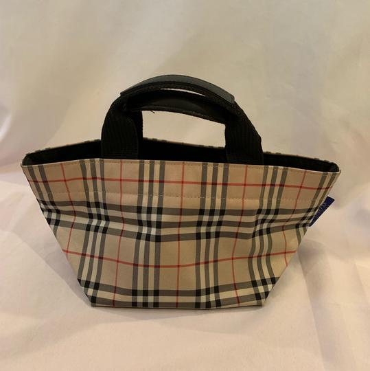 Burberry London Tote in brown Image 1