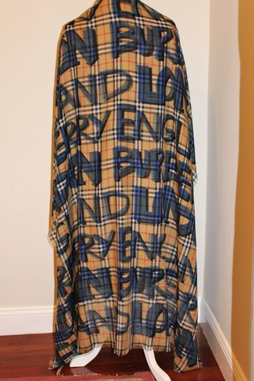 Burberry AUTHENTIC NEW Graffiti-Print Check Wool-Silk Large Square Scarf Image 10
