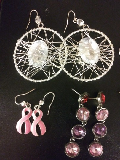Claire's 11 Pairs Pierced Earrings--NO backs!! Image 4