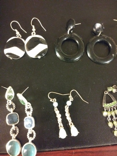 Claire's 11 Pairs Pierced Earrings--NO backs!! Image 6