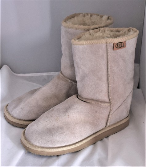 EMU Ugg Style Gray Suede SAND Boots Image 1