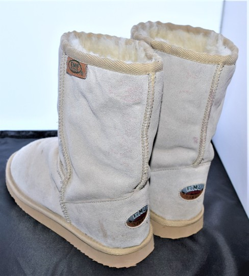 EMU Ugg Style Gray Suede SAND Boots Image 5
