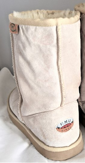 EMU Ugg Style Gray Suede SAND Boots Image 8