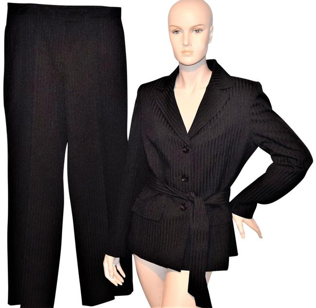 Preload https://img-static.tradesy.com/item/24597530/le-suit-black-collections-for-blazer-jacket-2pc-x-32-pant-suit-size-8-m-0-1-650-650.jpg