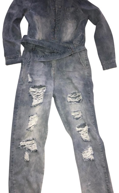 Preload https://img-static.tradesy.com/item/24597605/denim-with-belt-romperjumpsuit-0-1-650-650.jpg