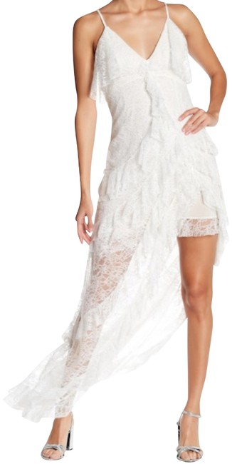 Preload https://img-static.tradesy.com/item/24597613/alice-olivia-ivory-laverne-lace-asymmetrical-gown-long-casual-maxi-dress-size-6-s-0-1-650-650.jpg