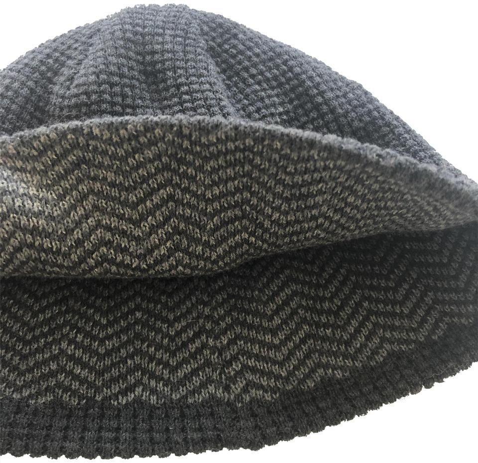 f04339e846f Express Heather Grey Knitted Reversible Beanie Hat - Tradesy