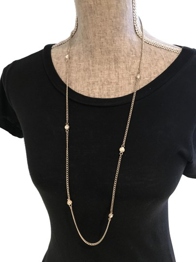 Preload https://img-static.tradesy.com/item/24597825/silver-tone-with-bezel-set-crystals-necklace-0-2-540-540.jpg