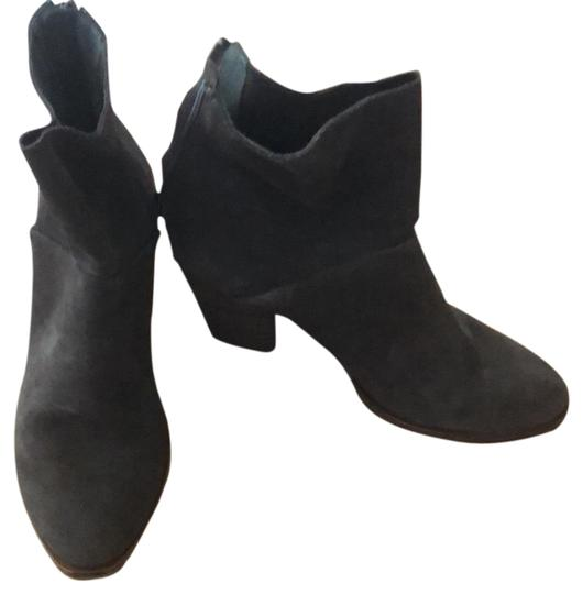 Preload https://img-static.tradesy.com/item/24598085/chinese-laundry-brown-suede-bootsbooties-size-us-65-regular-m-b-0-1-540-540.jpg
