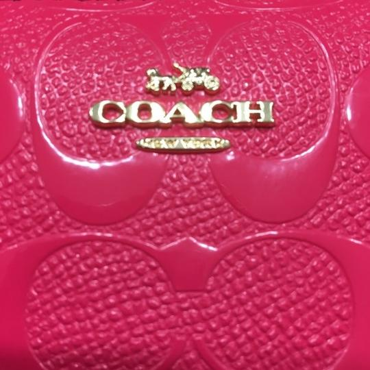 Coach NWT COACH Small Zip Around Wallet In Signature Leather Neon Pink Gold Image 5