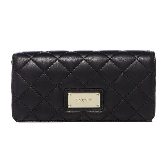 Preload https://img-static.tradesy.com/item/24598495/dkny-black-clutch-quilted-leather-flap-wallet-0-1-540-540.jpg