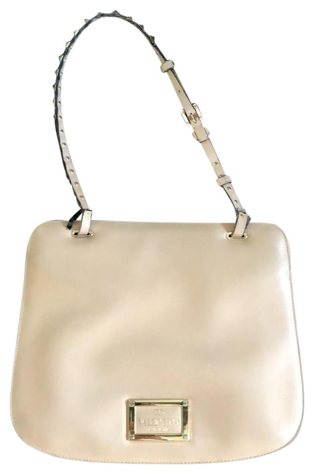 3afee968857 Beige Valentino Shoulder Bags - Over 70% off at Tradesy