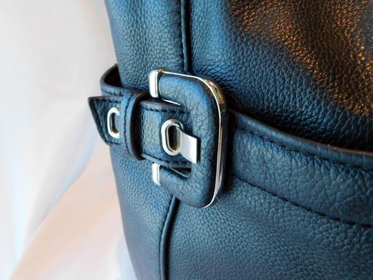 Tignanello Buckles Silver Tone Hardware Pebbled Leather Leather Pull-ties Stud Detailing Shoulder Bag Image 6