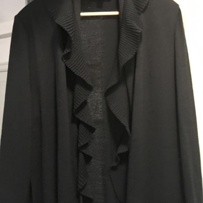 Preload https://item3.tradesy.com/images/black-ruffled-duster-coat-cardigan-size-14-l-24598817-0-1.jpg?width=400&height=650