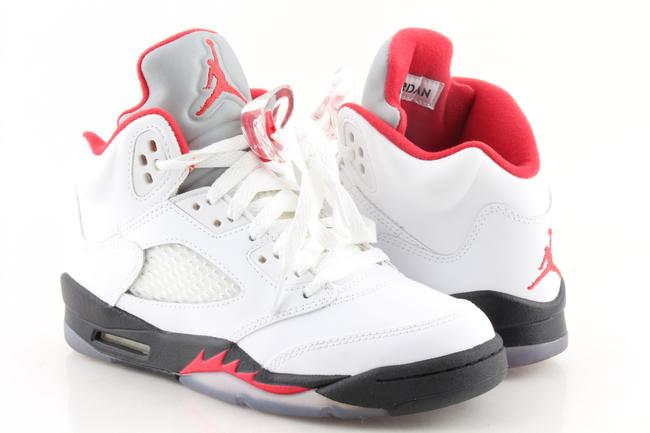 Item - Multicolor White Fire Retro 5's Sneakers Size US 4 Regular (M, B)