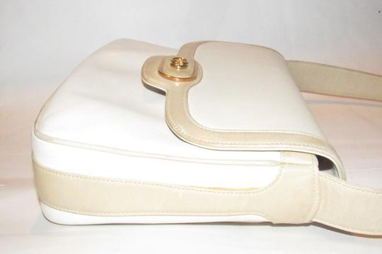Gucci Early Style Mint Vintage White/Taupe Envelope Saddle Early Shoulder Bag Image 6