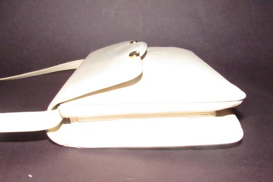 Gucci Early Style Two-way Style Clutch/Shoulder Mint Condition Ivory/White Shoulder Bag Image 10