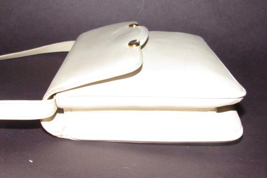Gucci Early Style Two-way Style Clutch/Shoulder Mint Condition Ivory/White Shoulder Bag Image 2