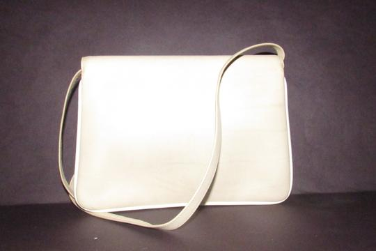 Gucci Early Style Two-way Style Clutch/Shoulder Mint Condition Ivory/White Shoulder Bag Image 9