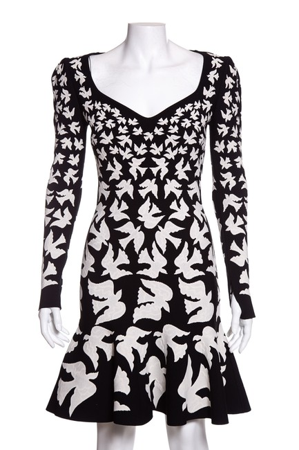 Item - Black & White Jacquard A-line Short Casual Dress Size 4 (S)