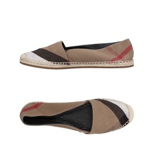 Burberry black white brown red multi Flats